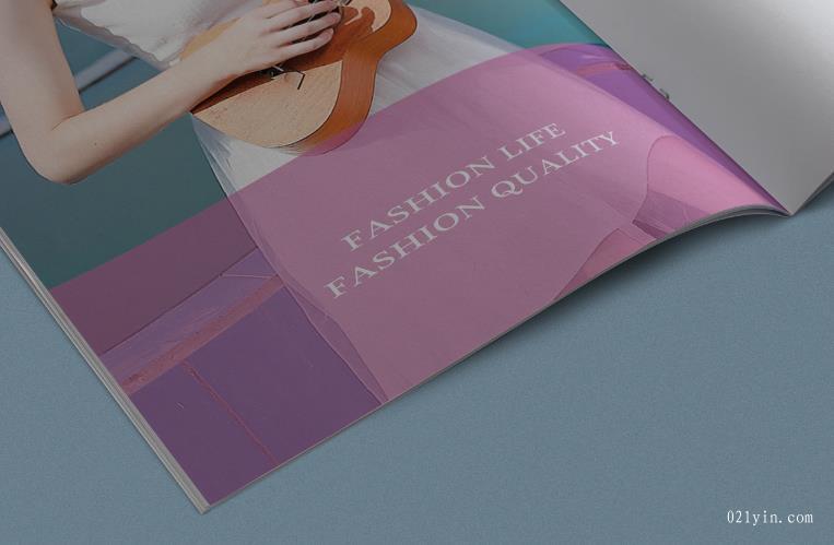 服装画册设计欣赏    第4张