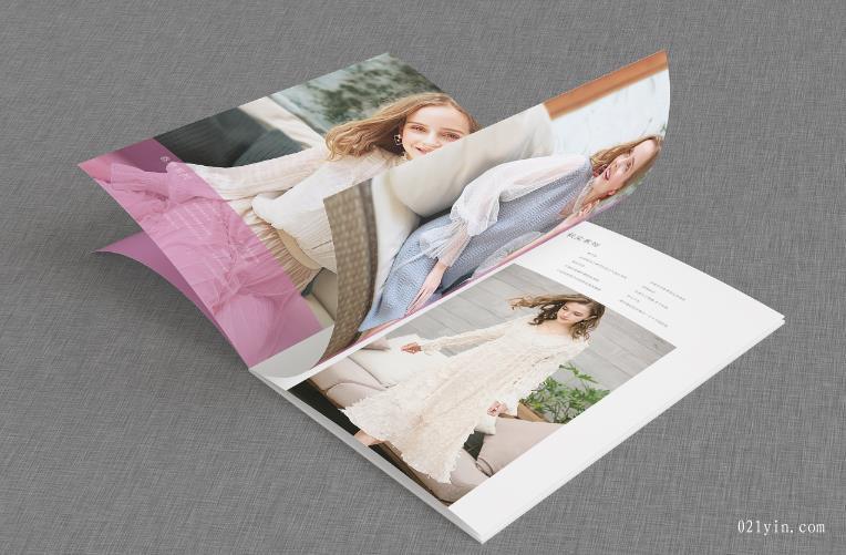 服装画册设计欣赏    第6张